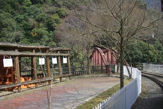 東洋のマチュピチュ「マイントピア別子」の鉄橋