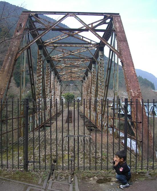 東洋のマチュピチュ「マイントピア別子」鉄橋