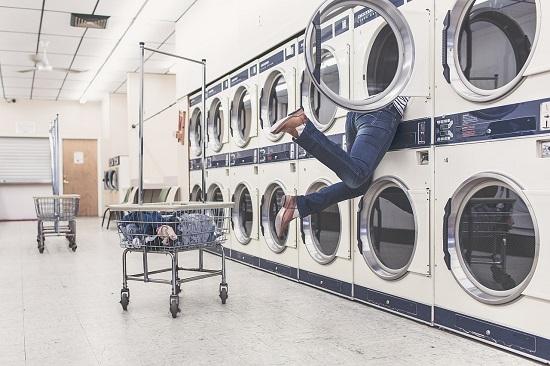 洗濯機(センタクキ)
