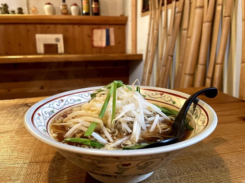 台湾料理「花とら」ラーメン