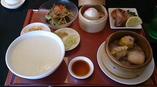 神龍(シェンロン)の飲茶ランチ