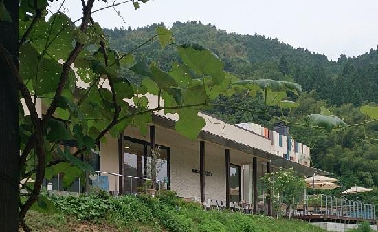 大江ノ郷自然牧場ココガーデン