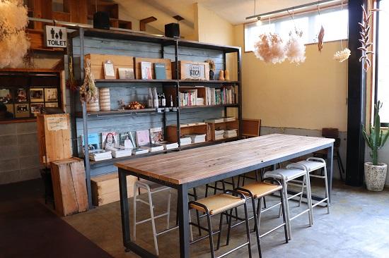 カフェロカ(CAFE ROCA)店内
