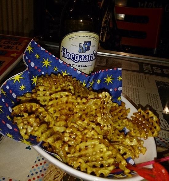 DINER POP(ダイナーポップ)ポテトとビール