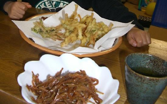 土筆の天ぷらとつくしの佃煮