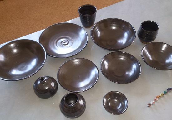 陶芸体験教室(4歳児ろくろ体験)で作ったお皿・花瓶・コップ