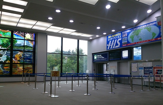 岡山空港ロビー