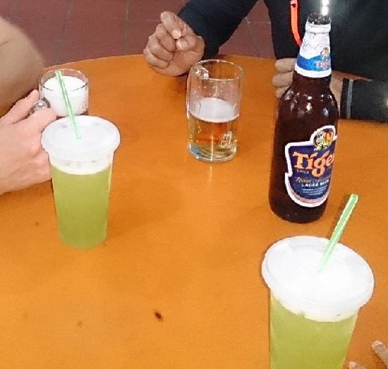 シュガーケインジュースとタイガービール