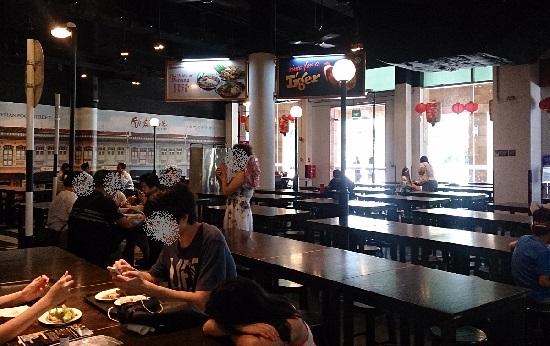 シンガポールのリゾートワールドセントーサ「マレーシアンフードストリート」の店内