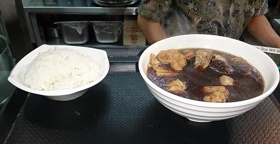シンガポール「マレーシアンフードストリート」のBak Kut Teh(バクテー)肉骨茶