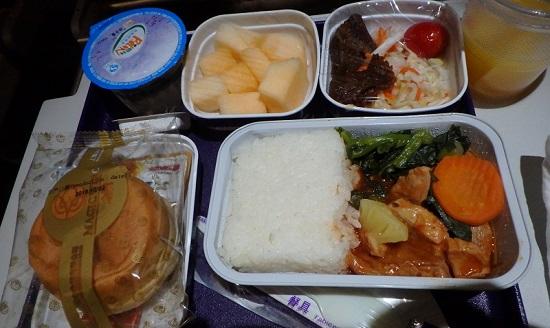 中国東方航空の機内食
