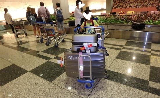 チャンギ空港(シンガポール空港)のスーツケースベルトコンベアー