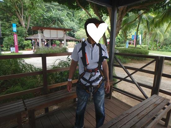 シンガポールセントーサ島でメガ・アドベンチャーパーク(旧メガジップ)準備