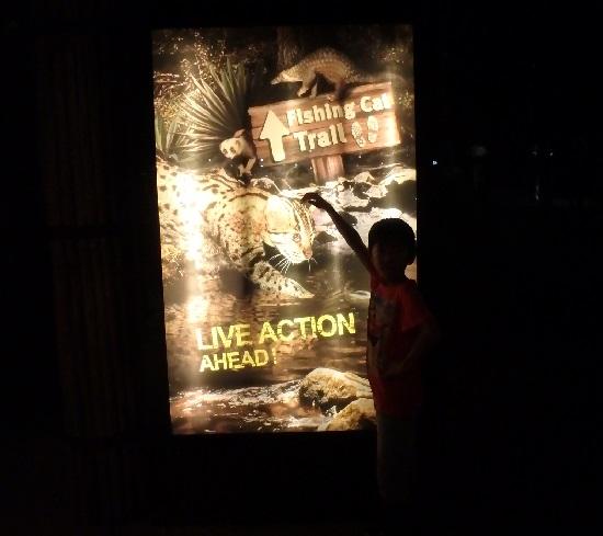 シンガポール動物園ナイトサファリのトイレルの看板