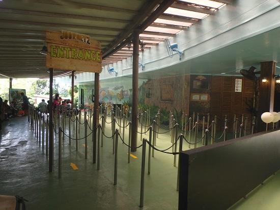 セントーサ4Dアドベンチャーランド(シンガポール)のライン