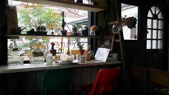 グリーンデイズカフェの店内