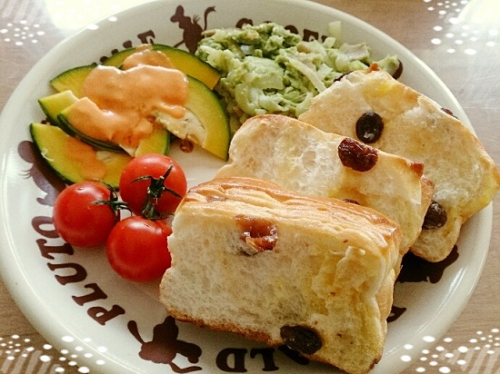 野菜宅配「oisixオイシックス」で作った朝食プレート