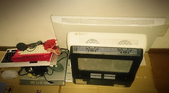 古い使えないパソコン