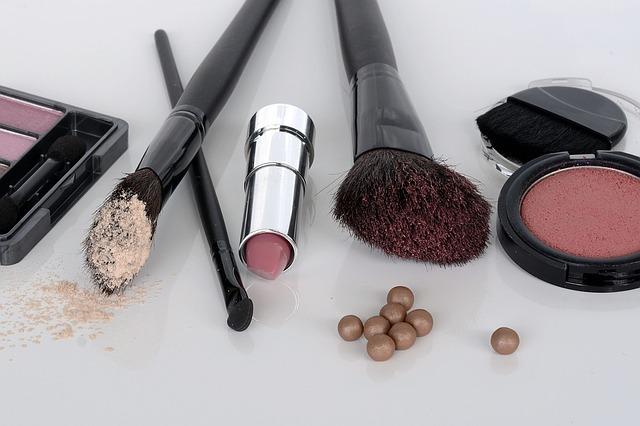 化粧道具一式