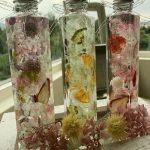瓶の中に花を閉じ込めた「ハーバリウム」を作る体験 in 津山市