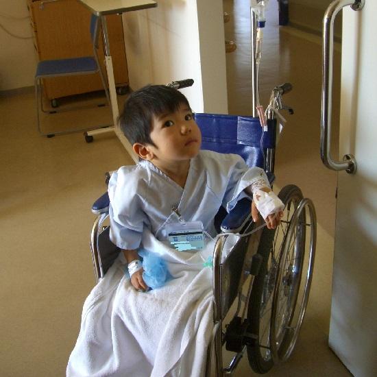 入院中の子供