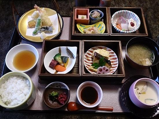 日本料理(割烹)「青葉」のランチ