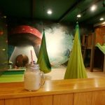おとぎの国のキッズカフェ「かのかふぇ」大人もくつろげる魔法空間(津山市)ボルダリングも