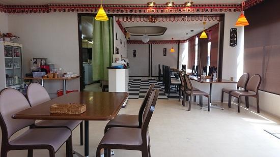 インド&タイレストランカフェ「sham」店内