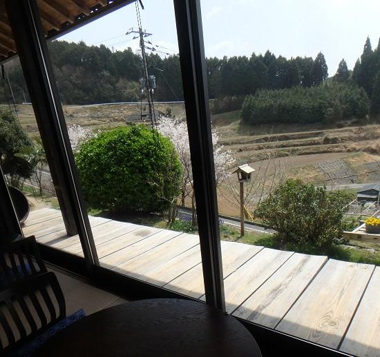 阿吽山房(あうんさんぼう)店内からの景色