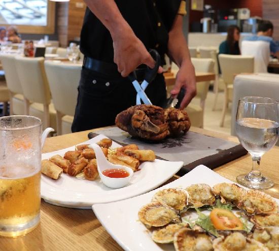 フィリピン料理KUYAJの料理
