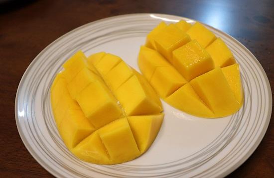 フレッシュマンゴー(MANGO)
