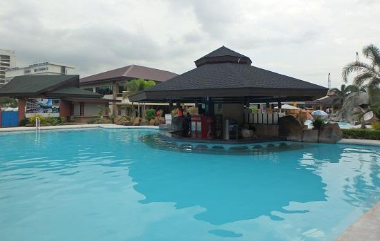 セブ ウェスタンラグーン(Cebu Westown Lagoon)のプールバー