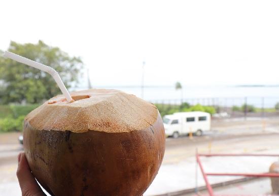 KKD STK+BBQ(セブ)のココナッツジュース