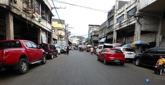 コロン地区カルボンマーケット