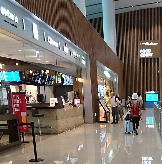 仁川空港(インチョン空港)第2ターミナルフードコート