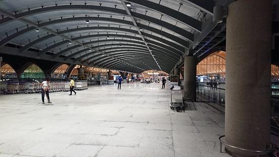 マクタン・セブ国際空港入口