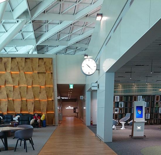 仁川空港(インチョン空港)第2ターミナル4階カフェエリア