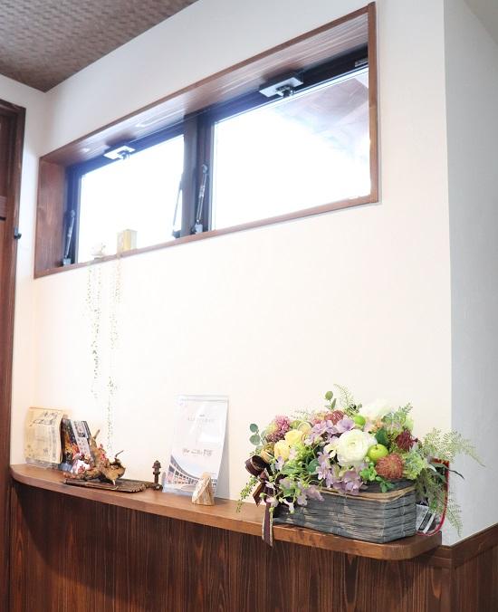 afe Kakuzan(カフェかくざん)の店内