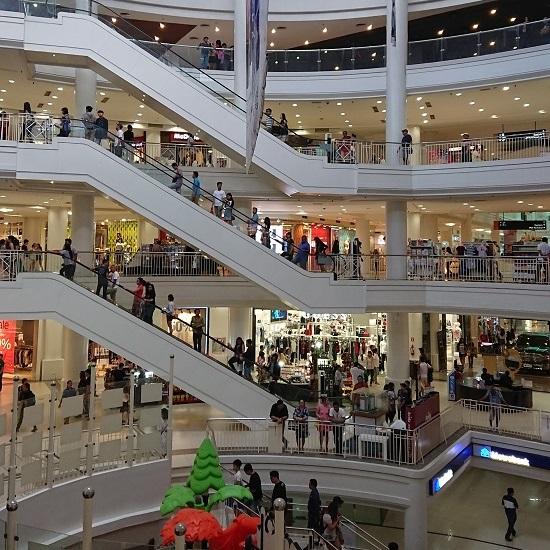 セブ(Ayala Center Cebuアヤラモール・アヤラセンター)店内の様子