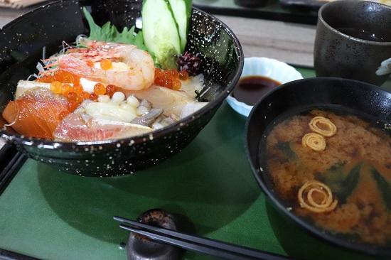 四季の味 日和の海鮮丼ランチ