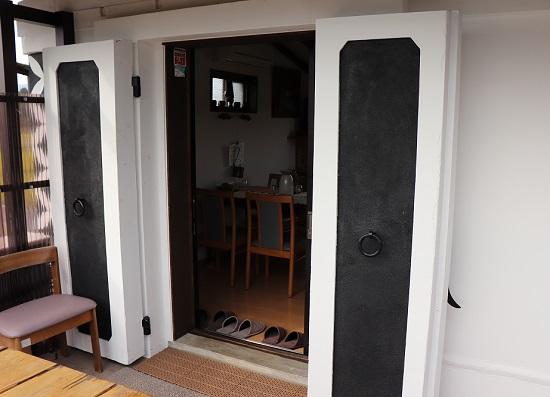 Cafe蔵(奈義町)の入口