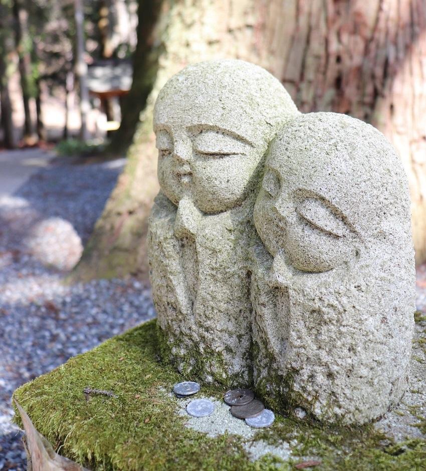 菩提寺の石仏(おじぞうさま?)