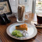 クラフトカゴバッグ体験ができるMOM's CAFEでランチ&カフェ(鏡野町)