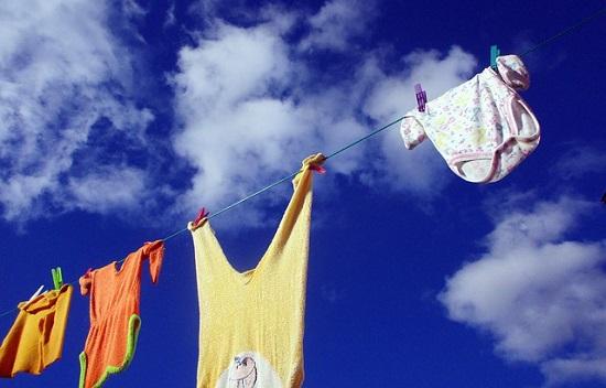 洗濯物(外干し)