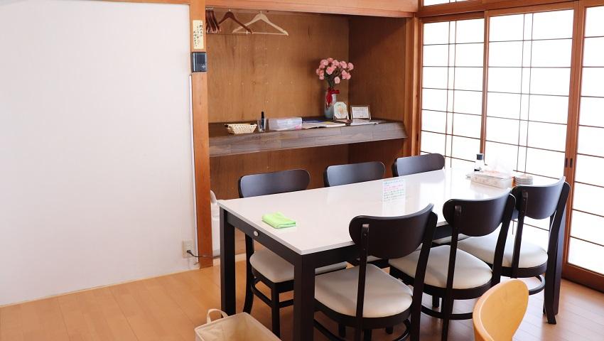 保田鮮魚店(2階の食事席)