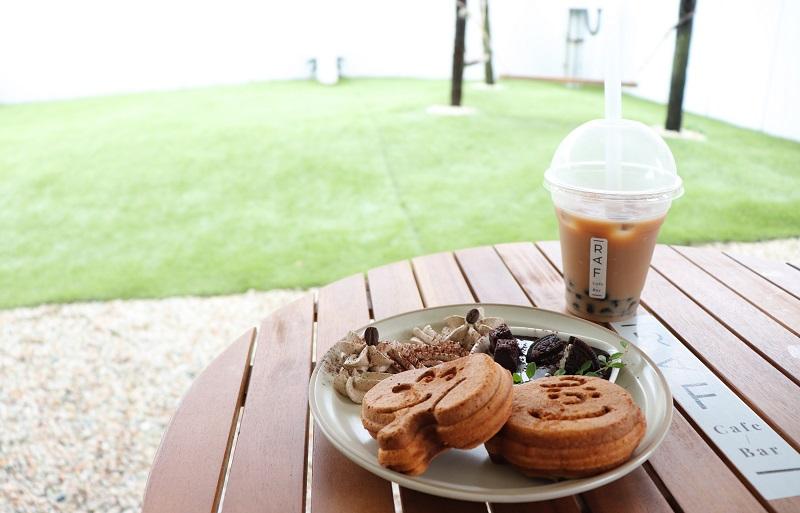 カフェ「RAF cafe」