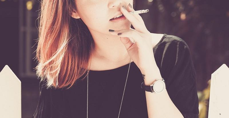 喫煙(たばこ)