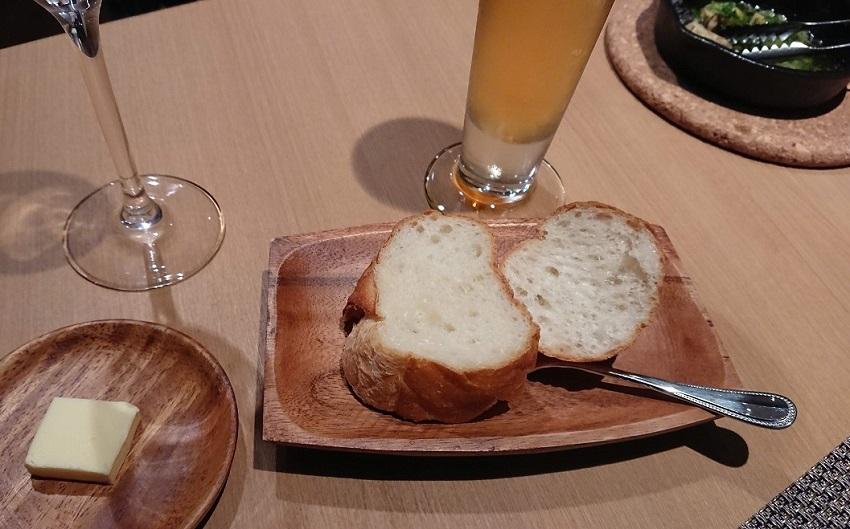 仏料理食堂シェオダ(chez Oda)パン