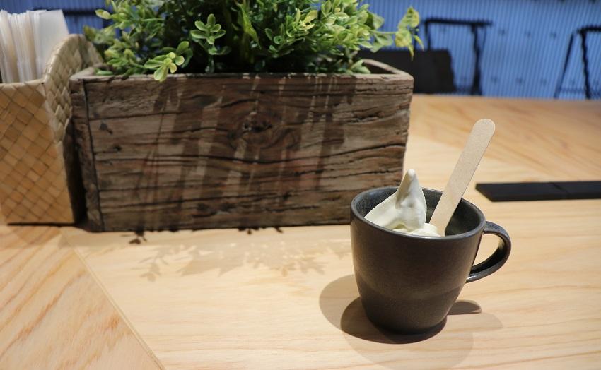 INN-SECT(インセクト)アジアンカフェ「ミニソフトクリーム」