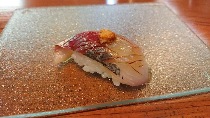 和食バル&鮨「料理屋 山崎」アジ鮨